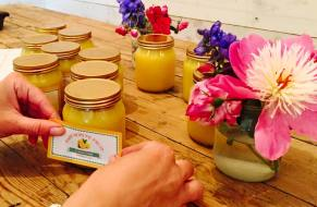 Labelling lemon curd